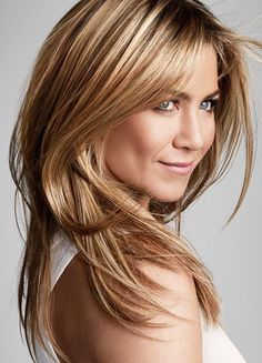 54 ideas for hair color honey blonde highlights jennifer aniston Peinados Jennifer Aniston, Jennifer Aniston Hair Color, Estilo Jennifer Aniston, Jennifer Aniston Pictures, Jenifer Aniston, Jennifer Aniston Hairstyles, Color Rubio, Perfect Hair Day, Hot Hair Colors