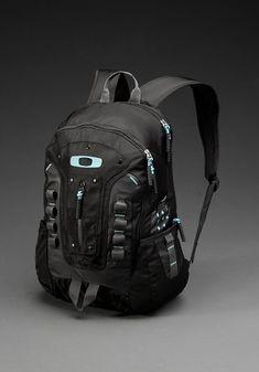 Oakley Mens Backpacks