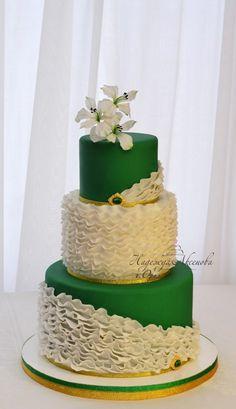 White and emerald wedding cake  Emerald Cakes