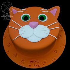 Cake design. Gâteau personnalisé en pâte à sucre sur le thème tête de chat. Sugar paste cat face themed cake by Les Délices de Marion.