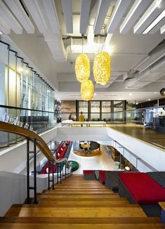 Global advertising firm Ogilvy & Mather recently consolidated its various Jakarta offices into a single, seamless, creativity-inspiring office environment with the help of M Moser Associates. Let's take a closer look. Corporate Office Design, Corporate Interiors, Office Interiors, Jakarta, Interior Work, Office Interior Design, Cool Office Space, Office Spaces, Work Spaces