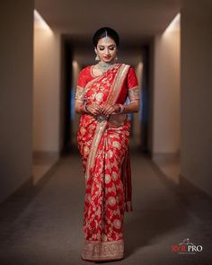 Red Saree Wedding, Wedding Kurta For Men, Wedding Lehenga Designs, Indian Wedding Bride, Tamil Wedding, Desi Wedding, Indian Bridal Sarees, Indian Bridal Outfits, Indian Designer Outfits