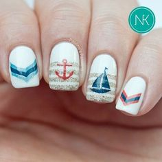 Sailor style on nails.