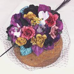❤️ … Fascinator Hats, Headpiece, Fascinators, Wedding Guest Looks, Wedding Hats, Handmade Flowers, Headgear, Hair Pieces, Headbands