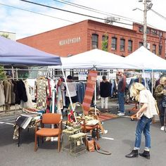 4 Amazing Flea Markets In Portland You Absolutely Have To Visit