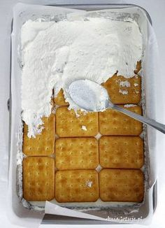 Proste ciasto rafaello bez pieczenia, 6 Dessert Cake Recipes, Dessert Drinks, Desserts, Polish Recipes, Piece Of Cakes, Waffles, Food Porn, Food And Drink, Sweets