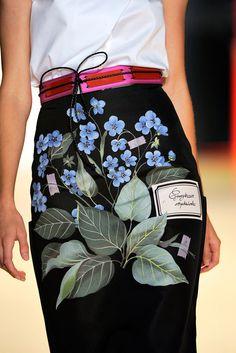 Carolina Herrera Spring 2011 Ready-to-Wear Fashion Show Details