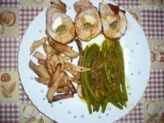 Kuracie (morčacie roládky) (fotorecept) Asparagus, Vegetables, Food, Diet, Studs, Essen, Vegetable Recipes, Meals, Yemek