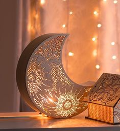 Crescent Moon Night Light – wooden accent lamp – hanging wall of the Luna-Late … - All For Decoration Home Decor Accessories, Decorative Accessories, Luminaria Diy, Home Design, Interior Design, Wall Design, Deco Luminaire, Lamp Cord, Handmade Home Decor