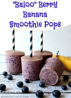 berry banana smoothie pops - these look GREAT and easy to make!