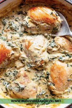 r/ketorecipes - creamy spinach artichoke chicken thighs is a low carb reader favourite. deliciously creamy, easy to make and all made in one skillet! Side Dish Recipes, Low Carb Recipes, Healthy Chicken Recipes, Vegetarian Recipes, Keto Recipe Book, Diy Recipe, Spinach Artichoke Chicken, Creamy Spinach, Chicken Thighs