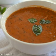 Vegan Tomato Soup Recipe | Dairy-Free + Delicious | Chasing Vibrance Homemade Tomato Basil Soup, Vegan Tomato Soup, Tomato Tortellini Soup, Canned Tomato Soup, Tomato Soup Recipes, Healthy Soup Recipes, Fall Recipes, Vegan Recipes, Curried Butternut Squash Soup