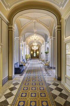 Em Cernobbio, região da Lombardia na Itália, localiza-se o célebre Villa d'Este.