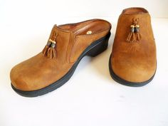 Ariat Brown Tan Slip on Mule Clogs Shoes Sz 7.5B Nubuck Leather w/Tassel   #Ariat #Mules #Any