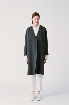 Coat perfection from Sofie D'Hoore