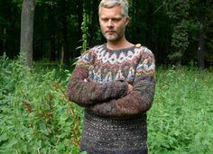 Handmade Icelandic style natural wool dark gray and brown sweater Brown Sweater, Men Sweater, Icelandic Sweaters, Sweater Making, Sheep Wool, Knitting Designs, Shoulder Sleeve, Brown And Grey, Trending Outfits