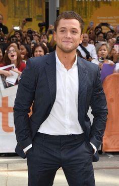 """ Taron attends the premiere at (September Taron Egerton Kingsman, Kingsman Cast, Gorgeous Men, Beautiful People, Taron Edgerton, Smiling Man, Hot Actors, International Film Festival, Celebs"