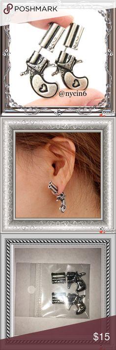 Pistol/Gun Stud Earrings Pistol/Gun Stud Earrings for Women or Men. Zinc Alloy. Size: 26mm x 16mm Brand New Jewelry Earrings