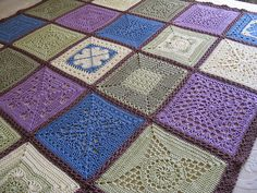 A gorgeous crochet afghan from thornberry (Ravelry)