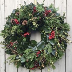 Circle Home and Design Christmas Wreaths, Floral Wreath, Holiday Decor, Design, Home Decor, Floral Crown, Decoration Home, Room Decor