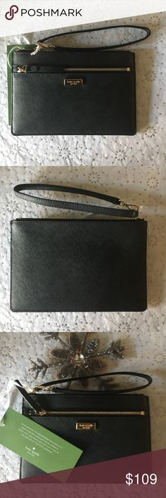 ❄️️🎄♠️️NWT♠️️🎄❄️️ Kate Spade Leather Wristlet Just in. NWT Kate Spade Newberry Lane Tinie Wristlet in Black. Leather with gold-tone logo hardware. Zip closure. Lined interior with 4 credit card slots. kate spade Bags Clutches & Wristlets