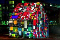 Kolinivehus by Tom Fruin