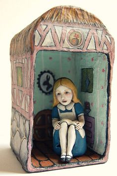 Christina Grueso, Imagined something like this for an alice in wonderland bookend. The other one would be a tiny alice trying to climb big furniture. Alice In Wonderland Crafts, Adventures In Wonderland, Paper Mache Sculpture, Sculpture Art, Ceramic Figures, Ceramic Art, Chesire Cat, Shadow Box Art, Assemblage Art