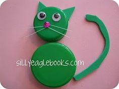"""a """"cat"""" craft made from bottle caps!!! So cool!!!!"""