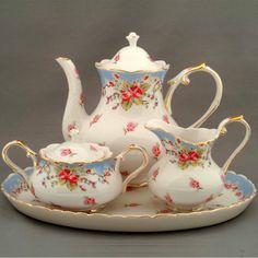 I really, really, really want to buy this china set! I've seen it online before! =) This is one of my favorite patterns that I've seen!