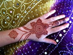 jewelry style henna by HennaLounge <3 via Flickr