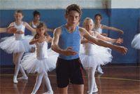 Película Billy Elliot. Un joven lucha por cambiar la relación patriarcal y los estereotipos Pin original https://www.pinterest.com/pin/58124651418964703/