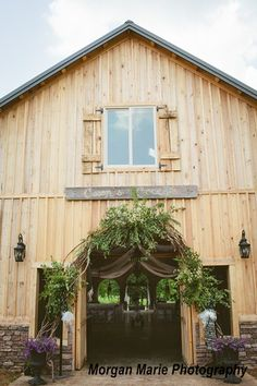 Beautiful venue in Bowling Green, KY - Cason's Cove -  great place for a wedding! #kentucky #weddings #bowlinggreen