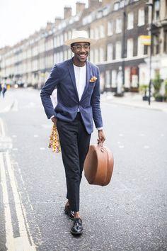 Street looks from Menswear Fashion Week Spring/Summer 2016 London   Vogue Paris