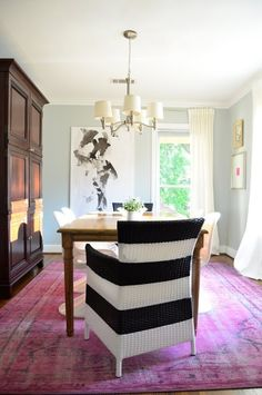 How To Style A Pink Rug // Feminine Home Decor Ideas // Pink Home Decor And Interiors // Sophisticated Interiors // Chic Home Inspiration Decor, Pink Home Decor, Pink Rug, House Tours, Interior, Home Decor, Pink Dining Rooms, Room, Modern Dining Room