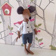 Ratinho by livemaster. Sewing Stuffed Animals, Stuffed Animal Patterns, Sewing Patterns Free, Doll Patterns, Free Pattern, Softies, Pet Toys, Baby Toys, Mouse Crafts