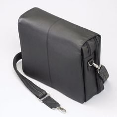Messenger Bag - Concealed Carry Business Attache