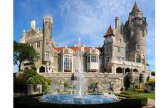Canada's poshest home, Casa Loma is a landmark Gothic Revival mansion located in midtown Toronto. Th... - Larry Koester Flickr CC