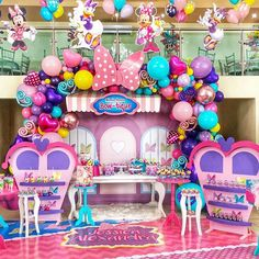 Candy Theme Birthday Party, Minnie Mouse Birthday Decorations, Mickey Mouse Clubhouse Birthday, Minnie Birthday, 2nd Birthday Parties, Minnie Y Daisy, Daisy Duck Party, Baby Girl 1st Birthday, Bow