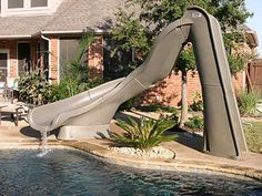 TURBO TWISTER SWIMMING POOL POOL SLIDE by SR SMITH - Click for new image