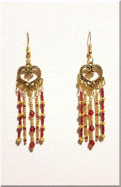 Boucles d'Oreilles bohème en perles rouges et dorées : Boucles d'oreille par aliciart