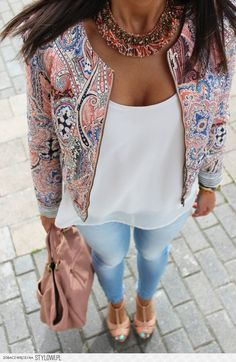 colorful outfit beatiful jeans white classically