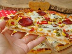 Hawaiian Pizza, Vegetables, Fruit, Easy, Food, Essen, Vegetable Recipes, Meals, Yemek