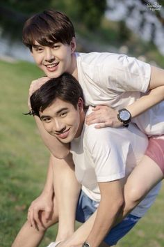 Lgbt Couples, Cute Gay Couples, Cute Couples Goals, Couple Goals, Perth, Dramas, Sexy Asian Men, Web Drama, Fan Picture