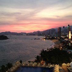 Acapulco vive una experiencia única e inolvidable con nuestras playas!