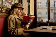 Mélanie Laurent in Inglourious Basterds (Quentin Tarantino, Melanie Laurent, Quentin Tarantino, Tarantino Films, Inglourious Basterds, Pulp Fiction, Simon Templar, Death Proof, Studio 54, French Actress
