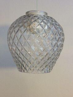 lasinen lampunvarjostin . korkeus 13cm