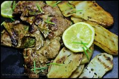 Costeletas e batatas grelhadas com alecrim e salva ♥♥♥ - http://gostinhos.com/costeletas-e-batatas-grelhadas-com-alecrim-e-salva-%e2%99%a5%e2%99%a5%e2%99%a5/