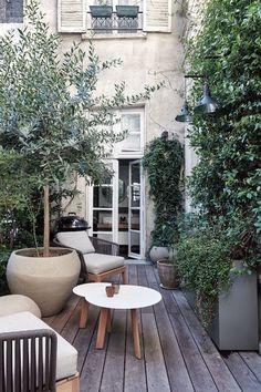 14 of our favourite Parisian houses - Vogue Australia Outdoor Rooms, Outdoor Gardens, Outdoor Living, Outdoor Decor, Terrace Garden, Garden Pool, Party Garden, Garden Beds, Indoor Garden