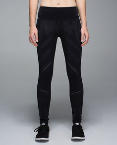 Lulu Lemon - Flurry Fighter Tight BLK 10 (so I can look like a super hero)
