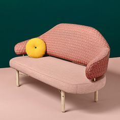 Missana has launched the Simone sofa, designed by Estudio Sputnik to reference a grand piano and named after the jazz and blues artist of the same name Table Sofa, Sofa Bench, Sofa Chair, Armchair, Decoration Inspiration, Furniture Inspiration, Design Furniture, Sofa Furniture, Chair Design